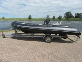 Grand S520 met passende boottrailer -Direct Leverbaar