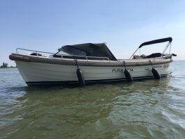 Maril boats 880