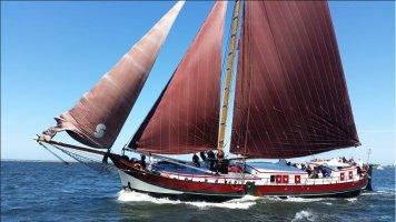 Klipperaak woon / charterschip