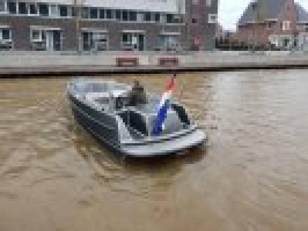 Van Vossen 600 tender & SHOWROOM LEEGVERKOOP foto: 3